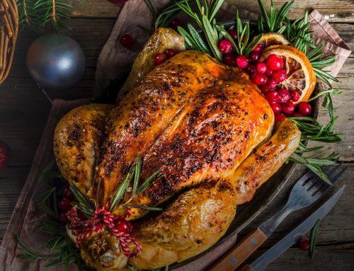 Kalkoen bij de kerstbrunch of het kerstdiner